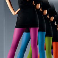 Модні кольорові колготки 2010-2011