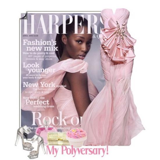 Рожеві сукні були присутні на показах