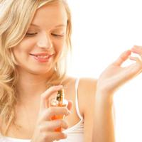 Куди наносити крапельку парфумів