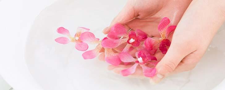 Засоби по догляду за нігтями