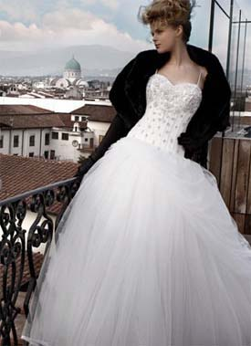 Дорогі весільні плаття фото