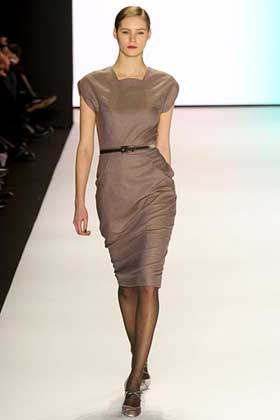 Вечірні сукні 2012 фото