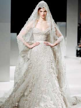 Дизайнерські весільні сукні 2012 Дизайнерські весільні сукні 2012 ... e2abf6437ab87