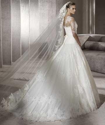 Найкращі весільні сукні 2012 відео