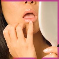 Як позбутися сухості губ