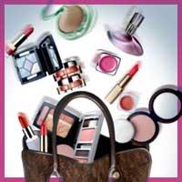 10 речей, які повинні бути у вашій косметичці