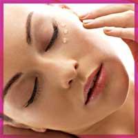 Догляд за шкірою навколо очей. Корисні поради