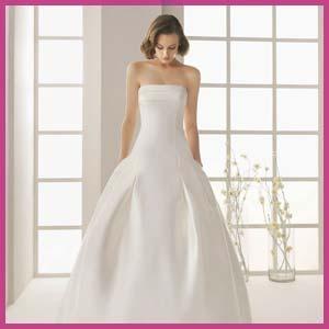Створюючи модні весільні сукні в 2013