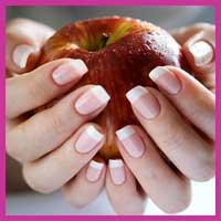 Відростимо гарні нігті за місяць!