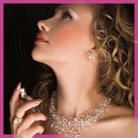 Жіночі аромати за знаками зодіаку