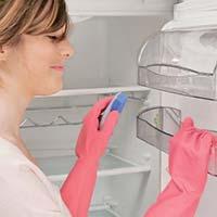 Як підтримувати чистоту в холодильнику