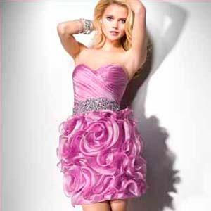 Сукні оскільки в сезоні 2013 року сукні