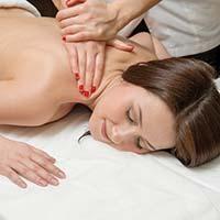 Як зробити масаж спини?