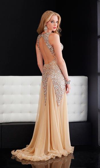 Вечірні сукні з відкритою спиною 2013