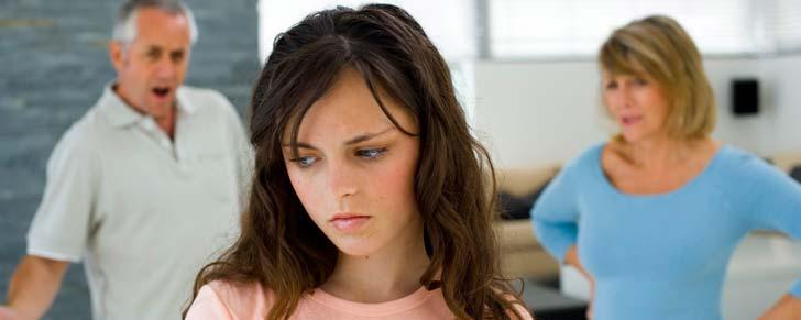 Батьківська гіперопіка: переможи страхи батьків