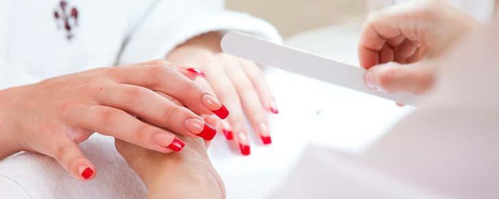 Яке нарощування нігтів найкраще