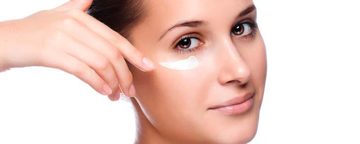 Шкіра навколо очей: як уникнути старіння