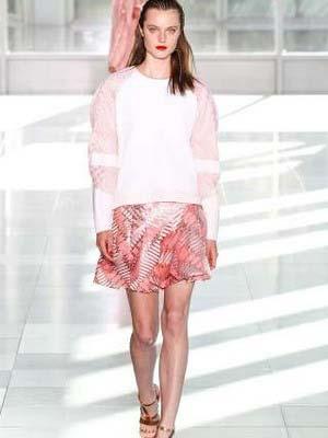 Модні міні-спідниці 2014