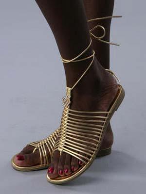 Модні жіночі сандалі 2014