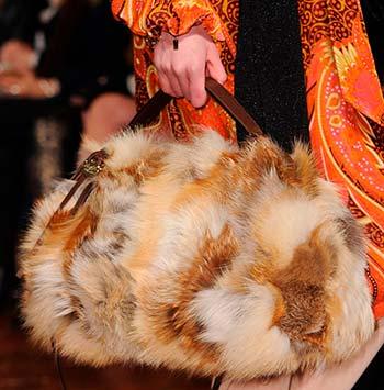 Модні хутряні сумки осінь-зима 2014-2015