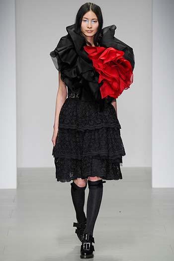 Червоно-чорні сукні осінь-зима 2014-2015