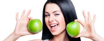 Омолоджуючі маски з яблук і яблучний сік