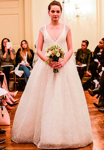 Різнокольорові весільні сукні 2017 від Peter Langner